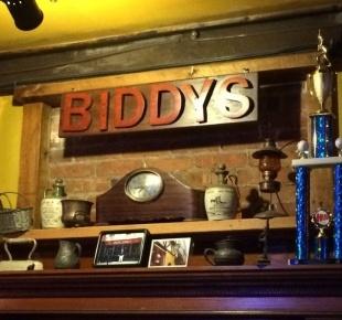 Goingout Com Biddy Early S 141 Pearl Street Boston Ma 02110