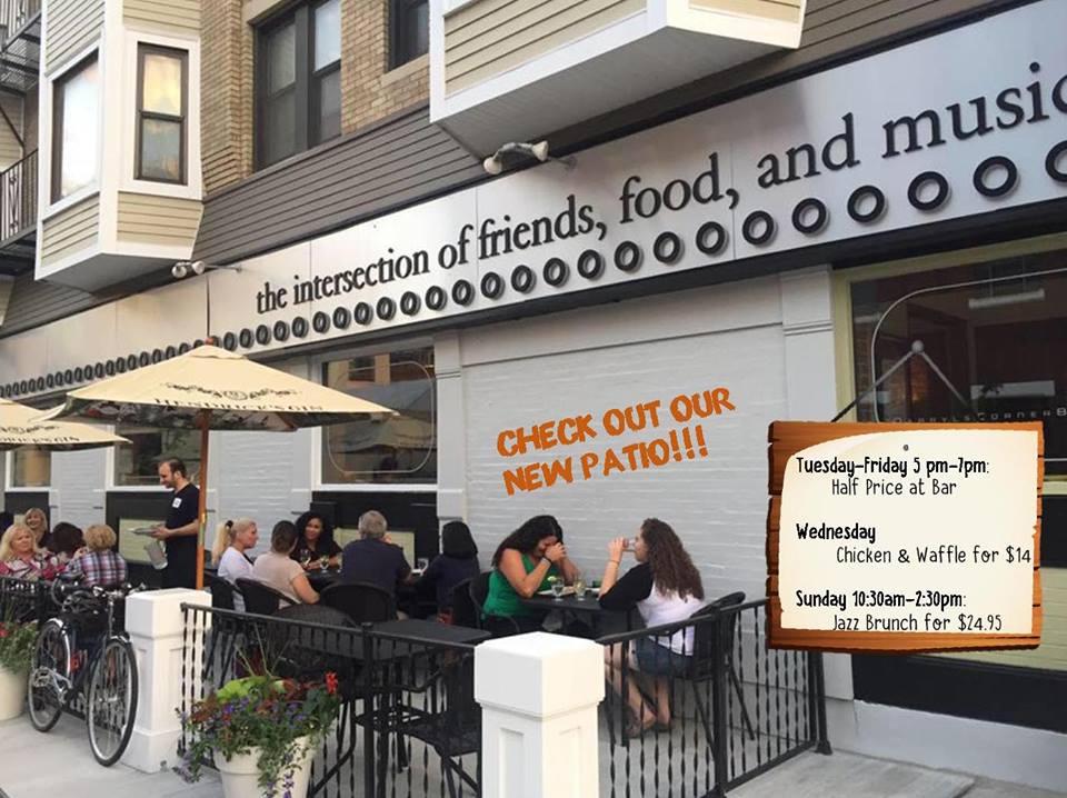 Goingout Com Darryl S Corner Bar Amp Kitchen Event Live