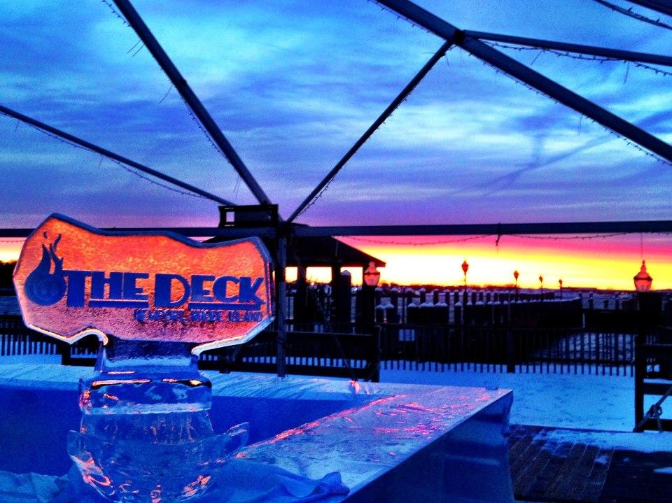 The Deck Restaurant Bar Newport Ri Waterfront Dining Goingout