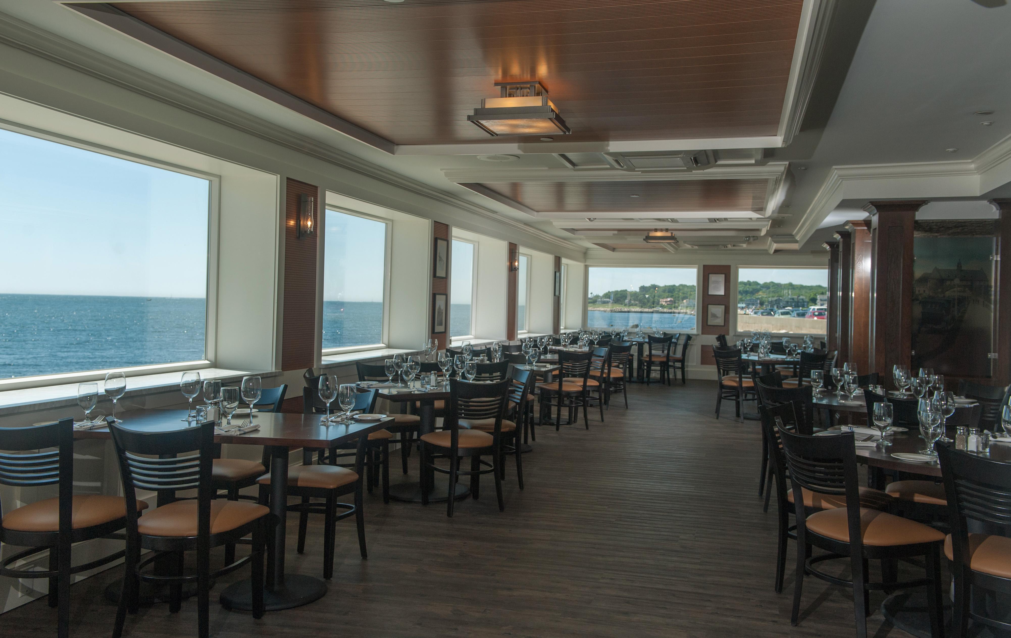 Coast Guard Restaurant Narragansett Ri Waterfront Bar